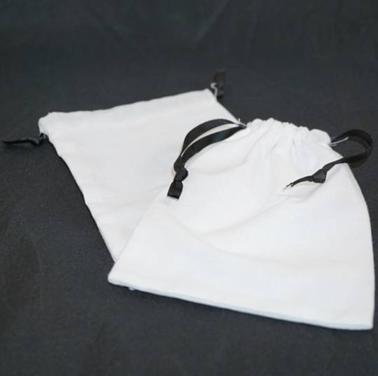 XL CALICO POUCH WHITE/BLACK RIBBON 115 X 160MM