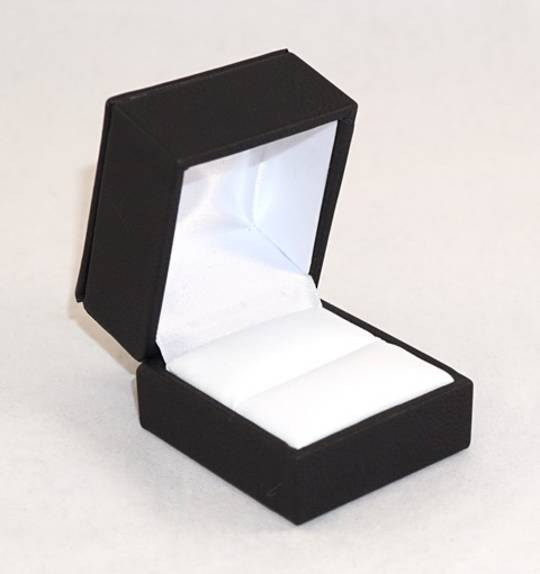 IMR - RING BOX IMITATION LEATHER BLACK WHITE VINYL PAD