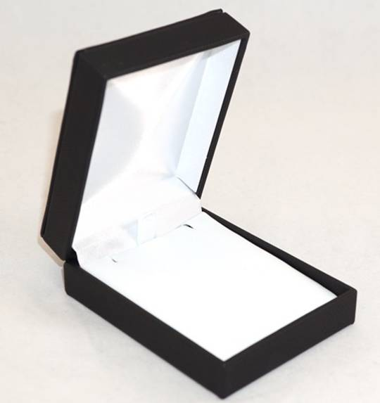 IMP - PENDANT/DROP EARRING BOX IMITATION LEATHER BLACK WHITE VINYL PAD
