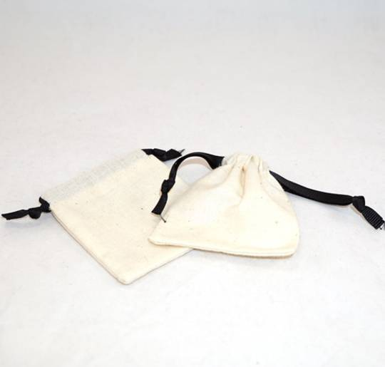 SMALL CALICO POUCH CREAM/BLACK RIBBON 70 X 80MM