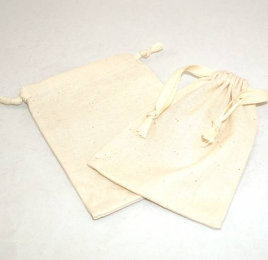 LARGE CALICO POUCH CREAM/CREAM RIBBON 95 X 130MM