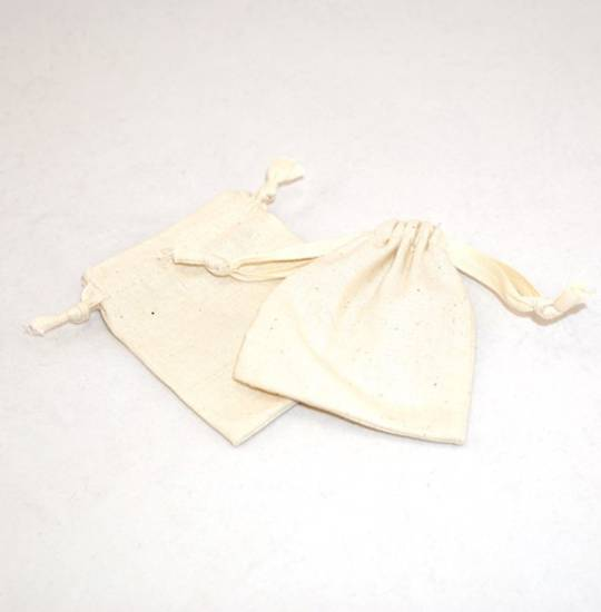 SMALL CALICO POUCH CREAM/CREAM RIBBON 70 X 80MM