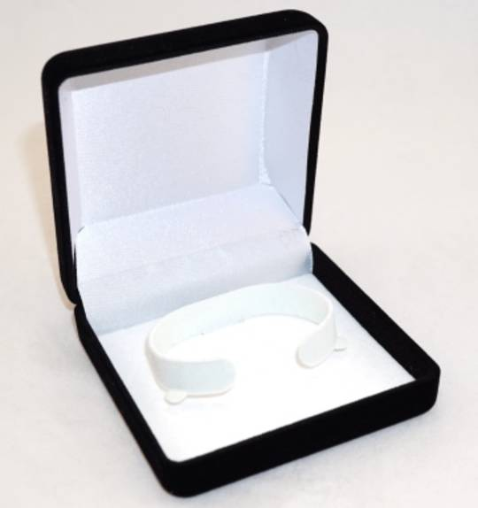 SSSB - BANGLE BOX BLACK FLOCK WHITE CLIP
