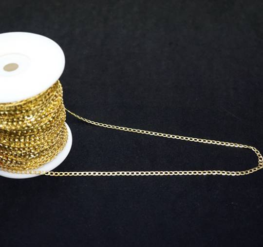 FLAT CHAIN MEDIUM CURB GOLD PLATED 4.5X6.7MM (1 MTR)