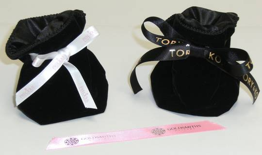 DELUXE BLACK VELVET & SATIN POUCH W/ PERSONALISED RIBBON (X6)