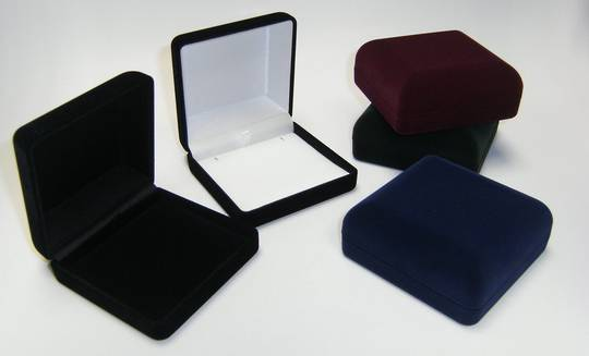 SSSB - LARGE PENDANT BOX BLACK FLOCK BLACK PAD