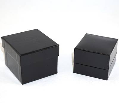 SDR PREMIUM - RING BOX LEATHERETTE BLACK TWO TONES INSERTS & OUTER BOX