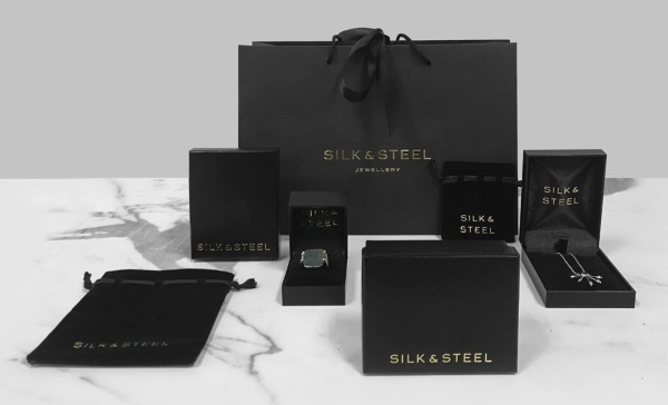 Silk and Steel Packaging web