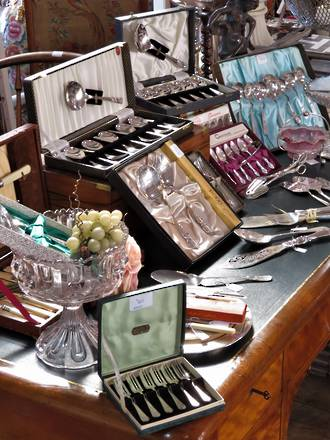 19th - 20th Century Silverware - Cake Forks, Desert Sets, Salad Servers, Cake Slices...