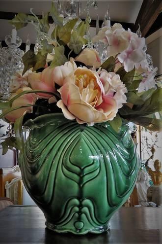 Antique Majolica Jardiniere Plant Pot sold