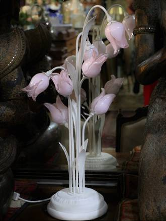 Vintage Glass Tulips Table Lamp $950