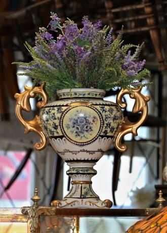 Large Classical Urn or Amphora Shaped Pedestal Vase in Gilded Porcelain SOLD