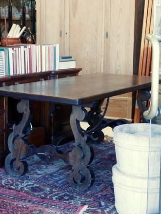 Provincial Rustic Spanish Farmhouse Dining Table - Oak