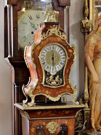 Decorative Florentine Clock on Plinth