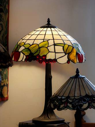 Tiffany Style Table Lamp - Fruit