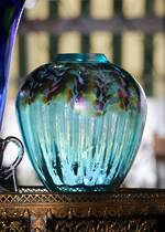 Large Signed Iridescent  Art Glass Vase by NZ Studio Chuck Simpson